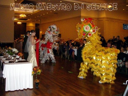 Swan-e-set - Samantha & Justin Lion Dance