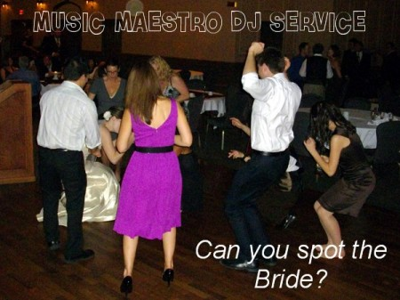 Swan-e-set - Samantha & Justin - Spot the bride!