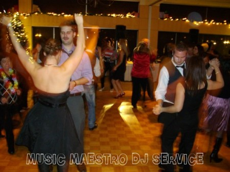 Meadow Gardens Golf Club Costco Party Dance 3