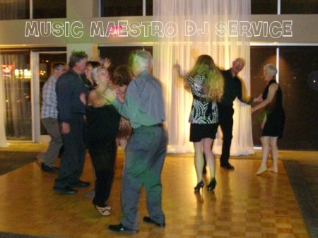 Meadow Gardens Golf Club Sherwood Room Dancing